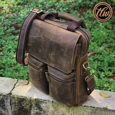 Leather, Bags, Instagram, Fashion, Handbags, Moda, Dime Bags, Fasion, Totes