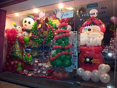 Balloon decorations for weddings, birthday parties, balloon sculptures in Kuching and Sibu, Sarawak: December 2011