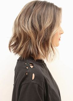 I want to see this in gray hair. I think I want yo cut my hair just like this...a little bit rough...and long enough to put into ponytail when necessary!!!!  And I did and I love it!!! Still feels long but is not everywhere any more!!
