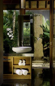 Bali Wedding, Wedding-Bali.com: Get in touch if you're planning a romantic #honeymoon in Bali!