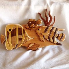 Easy Woodworking Ideas, Woodworking Patterns, Woodworking Techniques, Sea Crafts, Wood Crafts, Diy And Crafts, Intarsia Wood Patterns, Wooden Words, Wooden Crosses