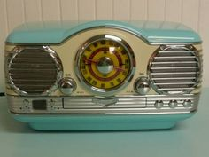 Memorex Nostalgic Retro 50s Crosley Car Style, AM FM Radio, CD Player w/Box and Papers $200
