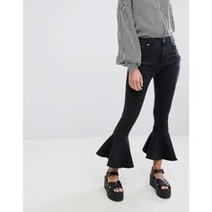 Pull&Bear Frill Bottom Jean ($29) ❤ liked on Polyvore featuring jeans, black, zipper jeans, tall high waisted jeans, pull&bear jeans, high waisted jeans and regular fit jeans