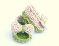 INSTANT DOWNLOAD Digital Knitting Pattern BABY Booties by ceradka