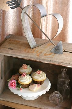 Beautifully rustic and romantic! Vintage Wedding Dessert Table ideas
