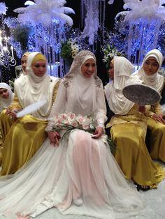 I love her wedding dress.. irma hasmie syar'i aqad nikah dress - by Hatta Dolmat (Malaysian Designer) #PerfectMuslimWedding.com
