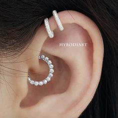 Beautiful Crystal Daith Clicker Simple Ear Piercing Jewelry Ideas for Women - www.MyBodiArt.com #daith Geode Jewelry, Heart Jewelry, Heart Earrings, Crystal Earrings, Clip On Earrings, Silver Earrings, Daith Piercing Jewelry, Ear Piercings, Peircings
