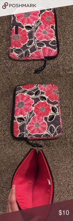 Vera Bradley IPad case pink flower print  iPad case  Perfect condition!!!! Vera Bradley Other
