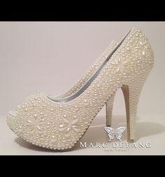 Pearl pearl pearl! IVORY BRIDAL PEARL PLATFORMS! US$209