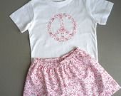Pyjama short file Peace and Love en liberty T.3-4 et 5-6 ans : Mode filles par la-fee-brochette