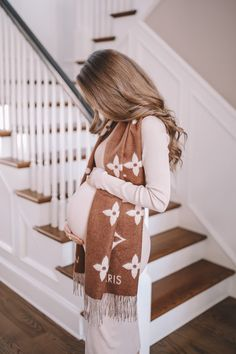 Southern Curls And Pearls, Best Cardio Workout, Third Trimester, Work Fashion, Maternity Fashion, Baby Photos, Autumn Winter Fashion, Winter Outfits, Feminine