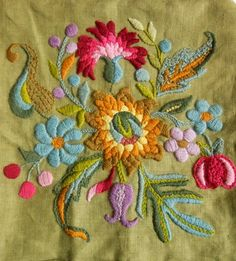 Vintage Embroidered Crewel Pillow Cover from I Prefer Vintage on Etsy