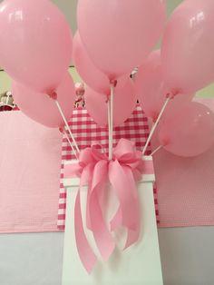 Detalhes da decoração, por Lilian Ruas, da Tribo da Festa   www.tribodafesta.com.br  #festainfantil #mesadecorada #bailarinas #balões