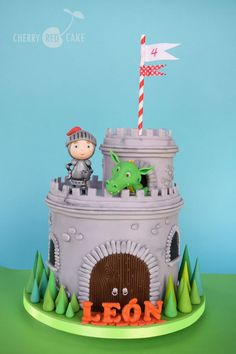 Security Check Required A really cute birthday cake featuring a knight and dragon atop a castle. Dragon Birthday Cakes, Castle Birthday Cakes, Dragon Birthday Parties, 4th Birthday Cakes, Dragon Cakes, Castle Cakes, Torta Clash Royale, Knight Cake, Fireman Sam Cake