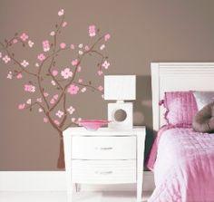 """Unser kleiner Deko-Tipp für eine Brise Frühling: Dieses schöne Wandbild """"Kirschbaum""""."""