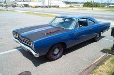 1969 Plymouth Hemi Roadrunner Blue