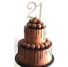 Cake decoration birthday men New ideas 21st Cake, 21st Birthday Cakes, Happy Birthday, Birthday Ideas, Mini Cakes, Cupcake Cakes, Cupcakes, Perfect Chocolate Cake, Chocolate Birthday Cake For Men