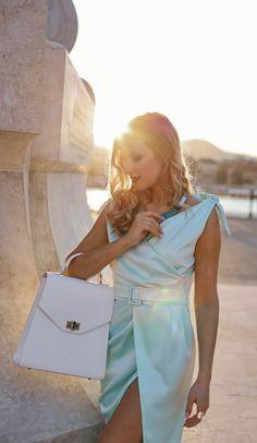 #orovicafashion #annahodlikbag #summervibes Summer Events, Timeless Fashion, Summer Vibes, Womens Fashion, Dresses, Design, Style, Vestidos, Swag