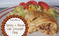 Turkey and Bacon Club Crescent Ring is a great way to use up those leftover Thanksgiving turkey leftovers. It's a yummy, filling meal for home or on the go.