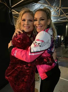 Im so proud of my beautiful friend She's about to kick ass on commentary for TAKEOVER tonight! Can't wait to watch… Beth Phoenix, Theodore James, Wwe Female Wrestlers, Wrestling Divas, My Beautiful Friend, Wwe Womens, Proud Of Me, Kicks, Wwe Stuff
