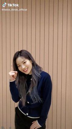 Nayeon, Twice Video, Cool Dance Moves, Korea Wallpaper, Goodbye Baby, Twice Album, Cute Emoji Wallpaper, Warner Music, Twice Dahyun