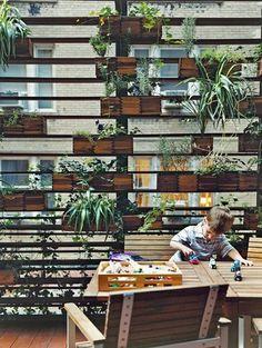 Binnentuin in de stad! - Inspiratie! Urban Gardening   ELLE Decoration NL
