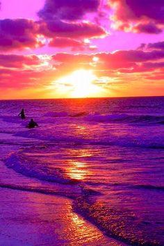 A beautiful pink and purple sunset or sunrise. I have no idea. Amazing Sunsets, Amazing Nature, Beautiful World, Beautiful Places, Beautiful Scenery, Purple Sunset, Sunset Beach, Sunsets Hawaii, Sunset Pics