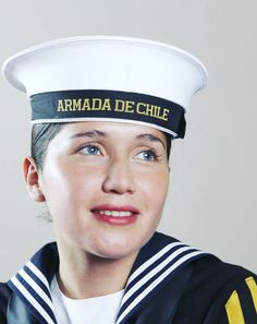 Female Soldier, Armada, Girls Uniforms, Real Women, Soldiers, Captain Hat, Sisters, Military, Navy