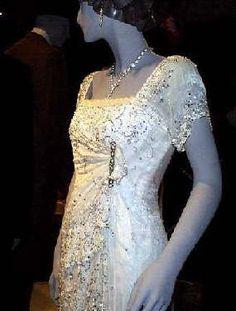 rose's white dress in titanic  wedding in 2019  titanic