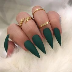 Stiletto Nail Color IdeasYou can find Stiletto nails and more on our website. Acrylic Nails Stiletto, Best Acrylic Nails, Simple Stiletto Nails, Pointed Nails, Stiletto Nail Designs, Nails Design, Coffin Nails, Aycrlic Nails, Hair And Nails