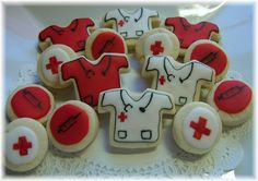 too adorable--I'm making them for my daughter's upcoming med school graduation. Nursing School Graduation, Graduate School, Graduation 2016, Medical School, Nurse Cookies, Sugar Cookies, Medical Cake, Doctor Cake, Nurse Party