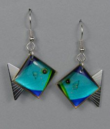 Fish Earrings by St Dichroic Glass Jewelry, Glass Earrings, Glass Pendants, Fused Glass Ornaments, Fused Glass Art, Clay Jewelry, Jewelery, Creations, Jewelry Making