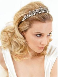beautiful curly down hands head wedding hairstyle