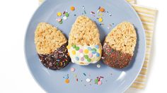 Enjoy decorating this fun and simple puffed rice Easter eggs recipe with your little ones! Chocolate Butter, Melting Chocolate, Puffed Rice Cereal, Egg Shape, Egg Recipes, Rice Krispies, Easter Eggs, Sweets, Quiches