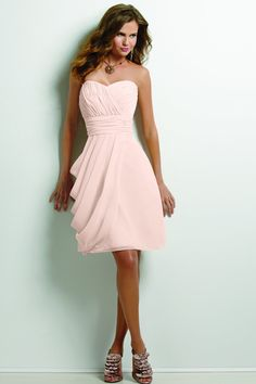 I am here again to bring forth a fabulous collection of short light pink bridesmaid dresses chiffon! Browse our beautiful collection of short light pink Bridesmaid Dress Styles, Wedding Bridesmaids, Prom Dresses, Wedding Dresses, Bridesmaid Ideas, Evening Dresses, Formal Dresses, Peach Dresses, Bridesmaid Color