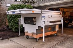 Pick Up Truck Bed Storage Camping Hacks Ideas Small Truck Camper, Slide In Truck Campers, Truck Camper Shells, Pickup Camper, Small Trucks, Camper Trailers, Travel Trailers, Truck Bed Camping, Truck Camping