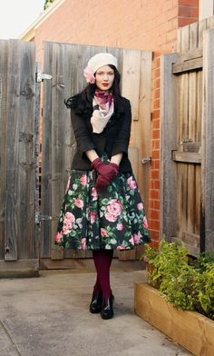Vintage Looks: A Collection Of Amazing Vintage Outfits For Winter – BelleTag Vintage Inspired Fashion, Retro Fashion, Trendy Fashion, Vintage Fashion, Fashion Ideas, Fashion Black, Ladies Fashion, Fashion Fashion, Fashion Shoes