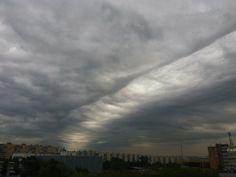 Небо над Москвой. Волна,  но обошлось без дождя.