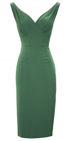 Moda | Fitted Dress | Stop Staring! If I can't buy it, I'll have to make it.