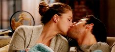 The perfect Supergirl Cute Passion Animated GIF for your conversation. Cute Couples Kissing, Cute Couples Goals, Couples In Love, Romantic Couples, Couple Goals, Scene Couples, Chris Wood, Passionate Kiss Gif, Michael Arden