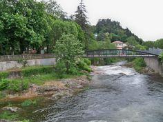 Vals-les-Bains - The Volane river - Ardèche dept. - Rhône-Alpes région, France       ...commons.wikimedia.com