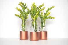 Jump on the metallic decor trend with these DIY copper crafts