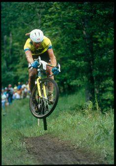 Tomac Throwback Thursday! Mt. Snow 1990. Winning. Drop bars! via: spookybikes