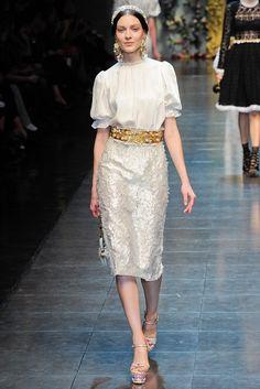 Dolce & Gabbana Fall 2012 Ready-to-Wear Fashion Show - Kati Nescher