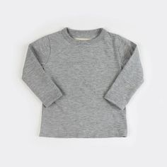 Classic and comfy, our organic kids long sleeve shirts are proudly Canadian and ethically made. Comes in basic colours and available for kids up to 8 yrs old. Timeless Classic, Classic Looks, Classic Style, Basic Colors, Colours, Organic Cotton, Long Sleeve Shirts, At Least, Tee Shirts