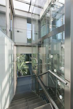Residence Punta Brava IV, Spain  Superb glass elevator