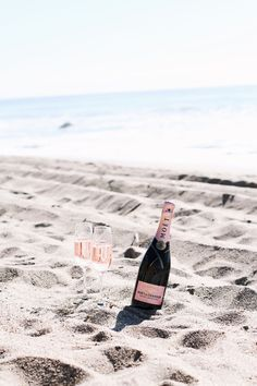 Rosé on the beach, sign me up!