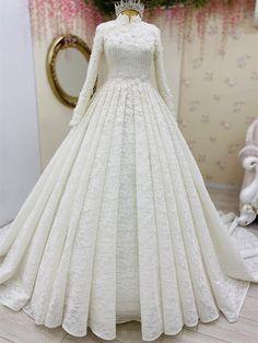 3 Boyutlu Lez Dantelli Kristal İşlemeli Tesettür Gelinlik Muslim Wedding Gown, Muslimah Wedding Dress, Muslim Wedding Dresses, Wedding Dress Organza, White Wedding Gowns, Classic Wedding Dress, Gorgeous Wedding Dress, Princess Wedding Dresses, Dream Wedding Dresses