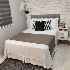 Girly Bedroom Decor, Girl Bedroom Designs, Room Ideas Bedroom, Modern Home Offices, Minimalist Room, Home Office Decor, Home Decor, Aesthetic Room Decor, Home Furniture