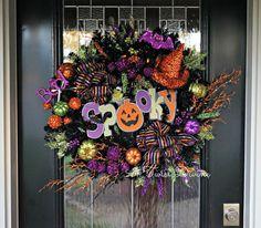 Spooky Pumpkin Light-Up Halloween Wreath  by ATwistDivine on Etsy